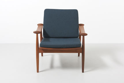 modestfurniture-vintage-1688-fin-juhl-spade-chair-france-and-son02