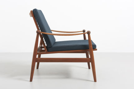 modestfurniture-vintage-1688-fin-juhl-spade-chair-france-and-son03