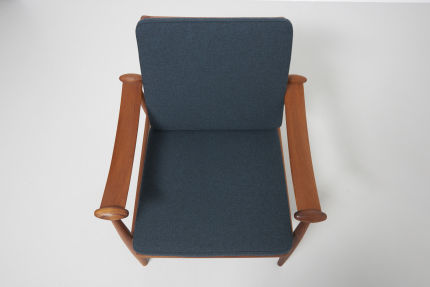 modestfurniture-vintage-1688-fin-juhl-spade-chair-france-and-son08