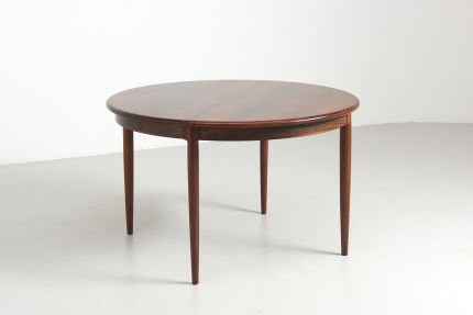 modest furniture vintage 1735 round rosewood dining table moller 01
