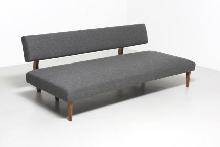 modestfurniture-vintage-1821-daybed-wood-legs06