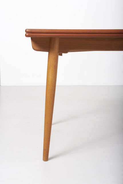 modestfurniture-vintage-1869-hans-wegner-dining-table-andreas-tuck-at-31207