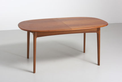 modestfurniture-vintage-2028-oval-dining-table-teak03