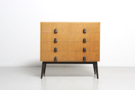 modestfurniture-vintage-2035-chest-of-drawers01