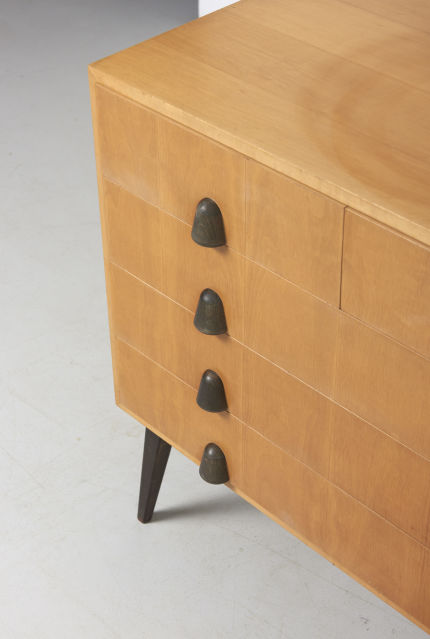 modestfurniture-vintage-2035-chest-of-drawers04