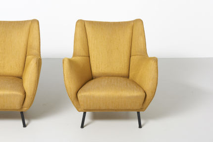 modestfurniture-vintage-2060-pair-easy-chairs-italy-195002