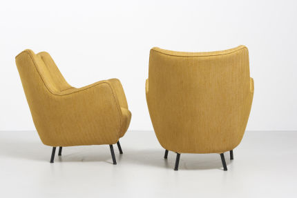 modestfurniture-vintage-2060-pair-easy-chairs-italy-195009