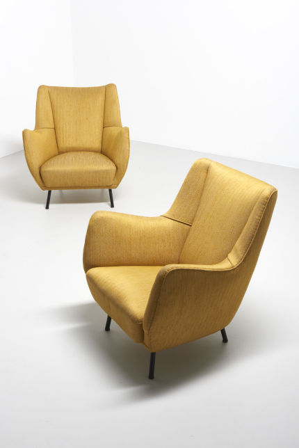modestfurniture-vintage-2060-pair-easy-chairs-italy-195010