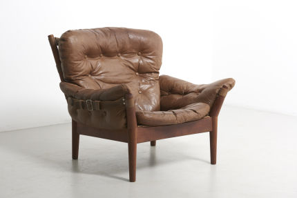 modestfurniture-vintage-2073-leather-easy-chairs-john-mortensen-4521-magnus-olensen01
