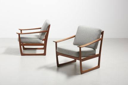 modestfurniture-vintage-2083-hvidt-molgaard-easy-chairs-fd13011
