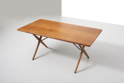 modestfurniture-vintage-2130-hans-wegner-crossleg-table-andreas-tuck-at-30301