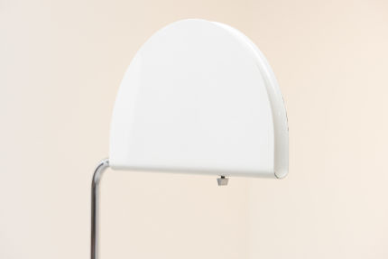 modestfurniture-vintage-2134-floor-lamp-bruno-gecchelin-mezzaluna-skipper02