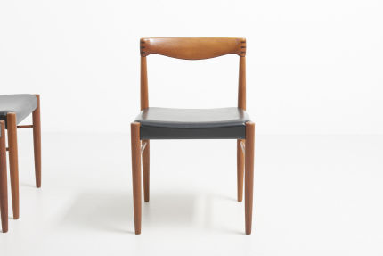 modestfurniture-vintage-2159-bramin-dining-chairs-hw-klein03