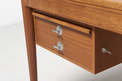 modestfurniture-vintage-2181-finn-juhl-diplomat-writing-desk04