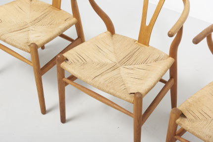 modestfurniture-vintage-2182-hans-wegner-wishbone-chairs-ch2403
