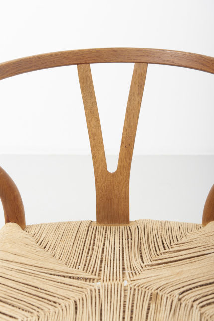 modestfurniture-vintage-2182-hans-wegner-wishbone-chairs-ch2409
