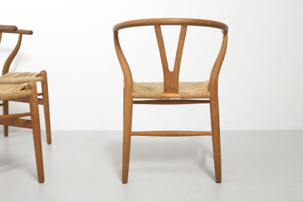 modestfurniture-vintage-2182-hans-wegner-wishbone-chairs-ch2414
