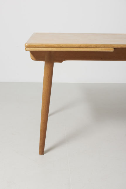 modestfurniture-vintage-2203-hans-wegner-dining-table-oak-andreas-tuck-at-31203