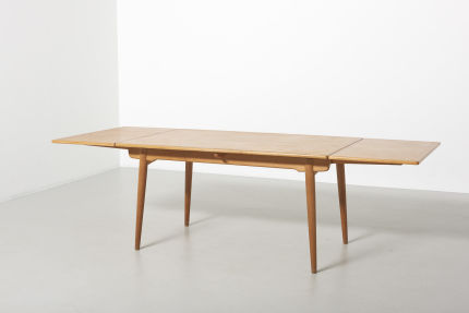 modestfurniture-vintage-2203-hans-wegner-dining-table-oak-andreas-tuck-at-31210