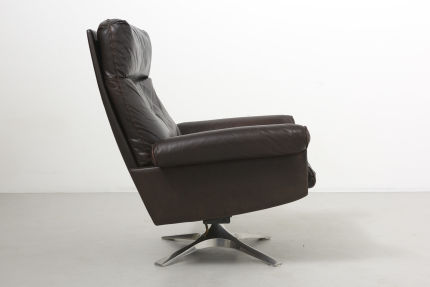 modestfurniture-vintage-2340-desede-ds31-high-back-swivel-lounge-chair05
