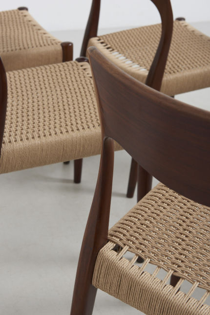 modestfurniture-vintage-2471-rosewood-dining-chairs-paper-cord11