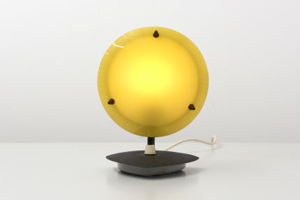 modestfurniture-vintage-2481-table-lamp-yellow-white-dimmable01