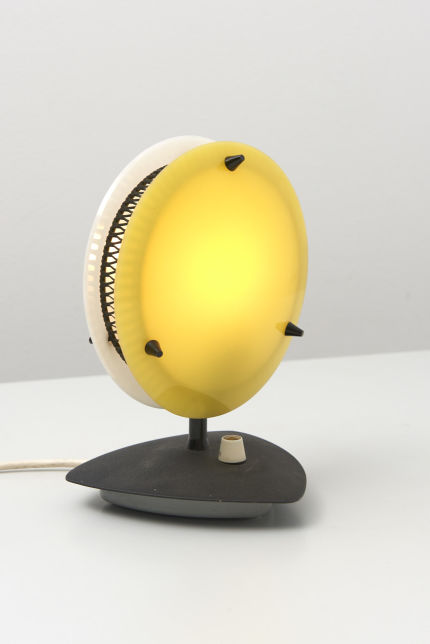 modestfurniture-vintage-2481-table-lamp-yellow-white-dimmable07