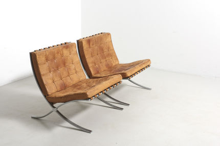 modestfurniture-vintage-2579-mies-van-der-rohe-barcelona-chairs-knoll-internaltional01