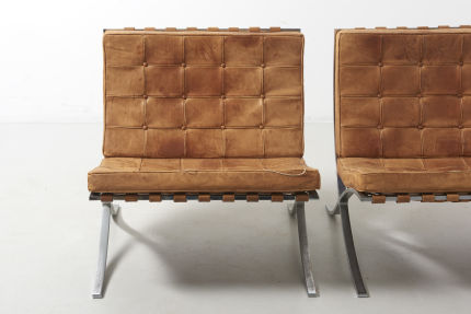 modestfurniture-vintage-2579-mies-van-der-rohe-barcelona-chairs-knoll-internaltional02