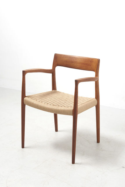 modestfurniture-vintage-2647-niels-moller-armchair-model-5702_1