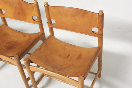 modestfurniture-vintage-2669-borge-mogensen-spanish-dining-chairs-fredericia-model-3237-323806