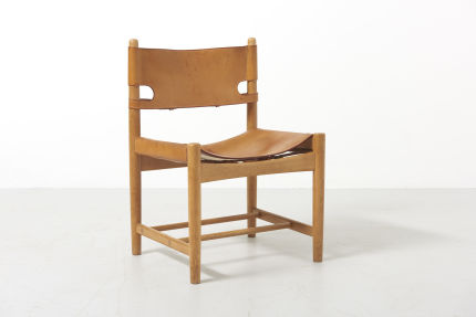 modestfurniture-vintage-2669-borge-mogensen-spanish-dining-chairs-fredericia-model-3237-323817