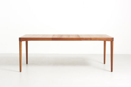 modestfurniture-vintage-2696-h-w-klein-dining-table-teak-bramin01