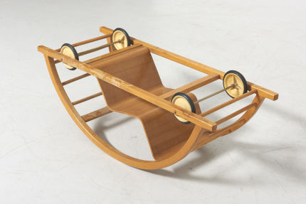 modestfurniture-vintage-2709-hans-brockhage-kids-car-rocking-chair-siegfried-lenz09
