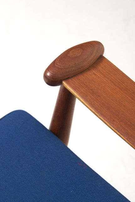 modestfurniture-vintage-2739-finn-juhl-spade-chair-france-and-son08
