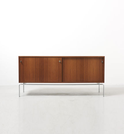 modestfurniture-vintage-2816-fabricius-kastholm-sideboard-fk-150-kill-international01