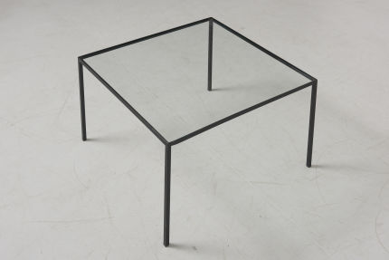 modestfurniture-vintage-2820-low-table-black-steel-glass07