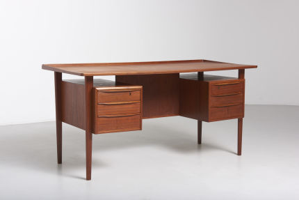 modestfurniture-vintage-1900-desk-peter-lovig-nielsen02
