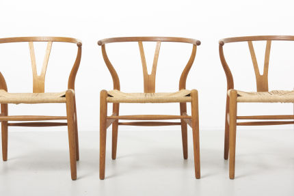 modestfurniture-vintage-2182-hans-wegner-wishbone-chairs-ch2402