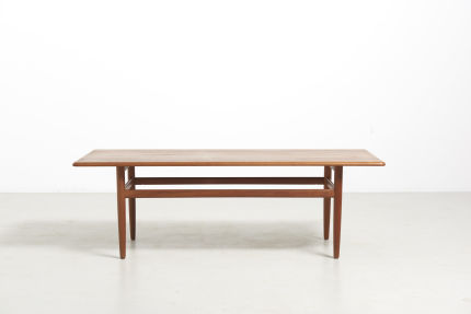 modestfurniture-vintage-2349-danish-low-table-teak01